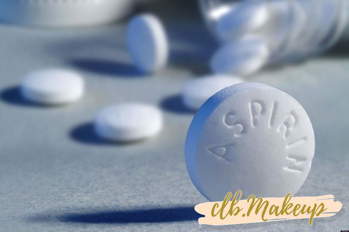 Mặt nạ trị mụn cho da nhờn từ viên thuốc giảm đau Aspirin